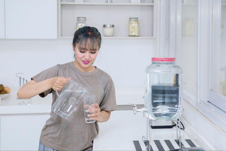 Penggunaan Water Purifier Menjadi Solusi Air Minum Sehat Dan Higienis